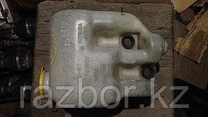 Бачок омывателя лобового стекла Subaru Lancaster