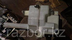 Бачок омывателя лобового стекла Toyota Camry Gracia (SXV25)
