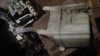 Бачок омывыателя лобового стекла Toyota Kluger (Highlander)
