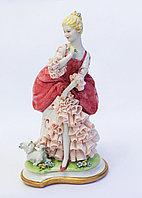 Фарфоровая статуэтка Дама с собачкой. Ручная работа, Италия