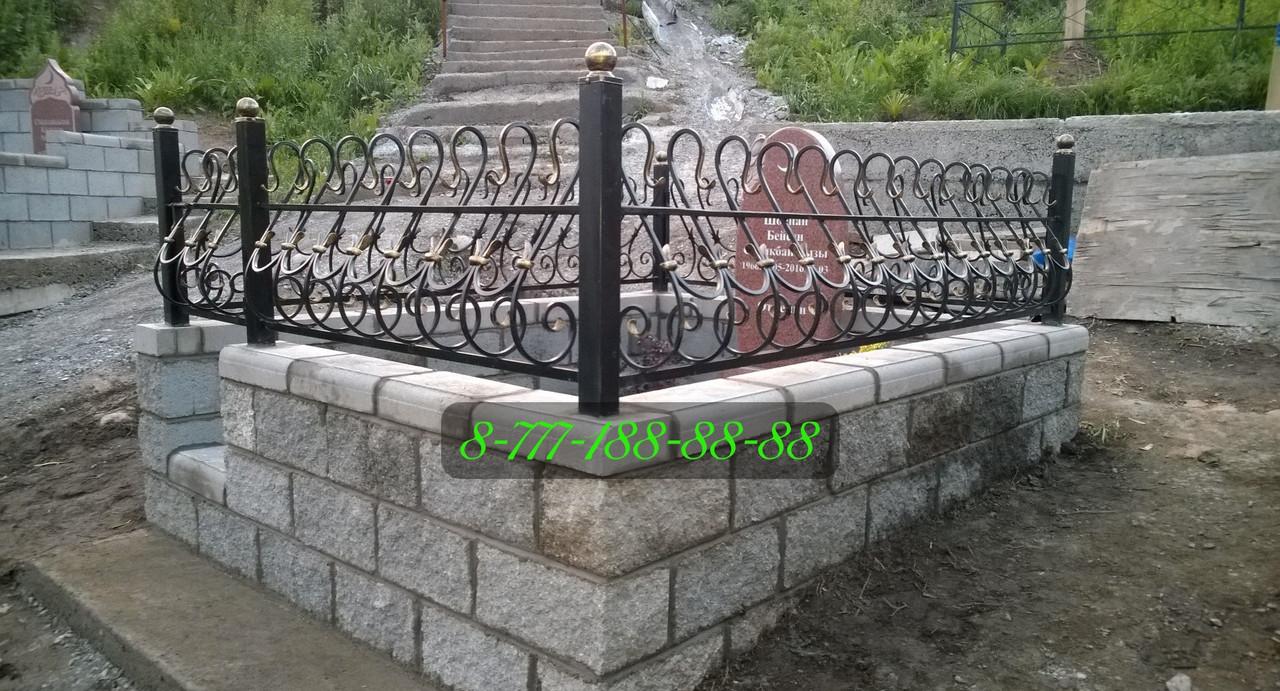 Строительство мусульманских могил на кладбище