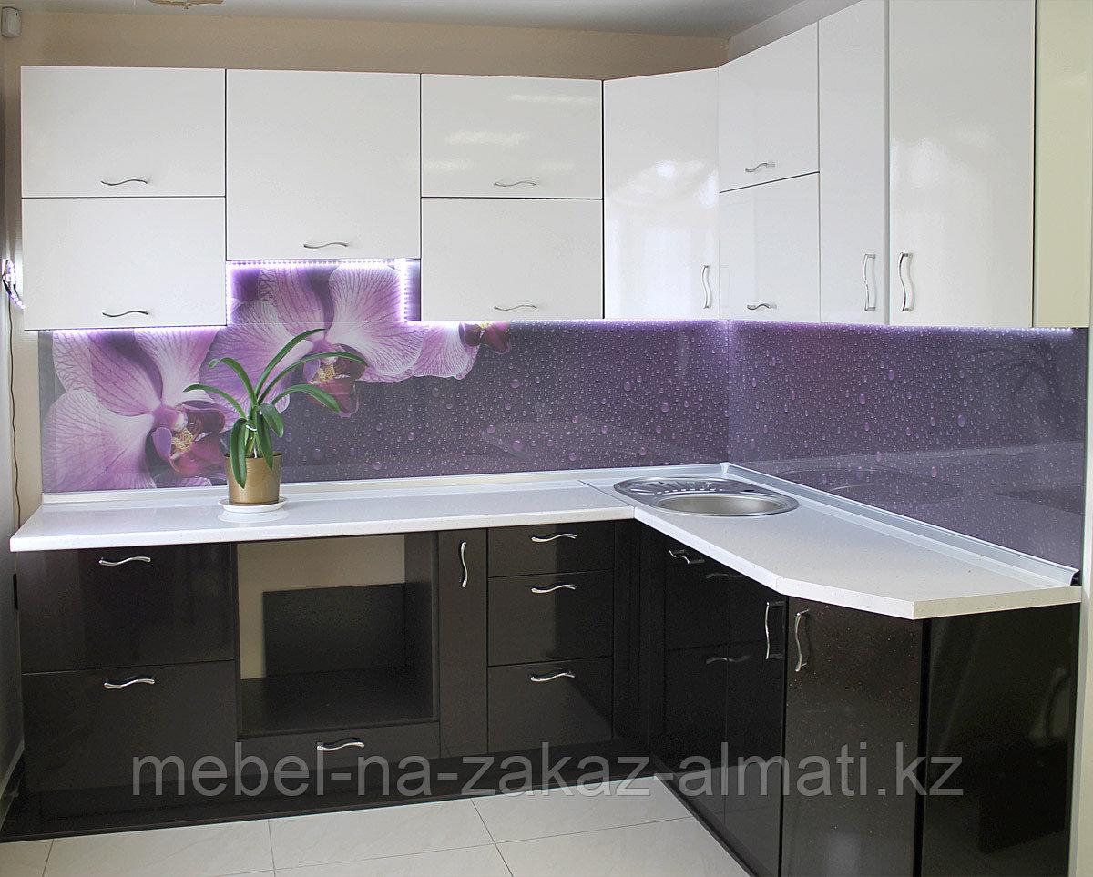Угловая кухни  в Алматы