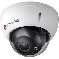 Купольная вандалозащищенная 4Мп IP-камера смотор-зумоми автофокусом