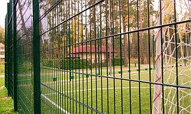 Укладка искусственного газона спортивный 4см и декоративный  с казахскими орнаментами в городе Алматы (Турксибский район) 2
