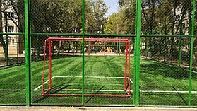 Укладка искусственного газона спортивный 4см и декоративный  с казахскими орнаментами в городе Алматы (Турксибский район) 3
