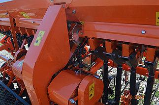 Сеялка зерновая СЗФ 3,6-04 (СЗУ) Фаворит (узкорядный сошник) увеличенный бункер, фото 3