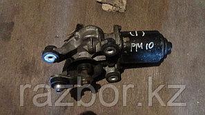 Моторчик стеклоочистителей Nissan Primera 10