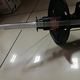 Стойка амортизатора передняя правая CAMRY 30 ACV36  2003-2006, фото 2