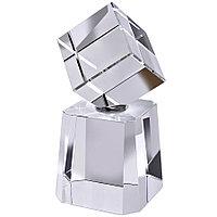 Наградные стелы, кубки