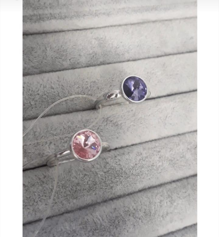 Кольца с сваровскими кристаллами