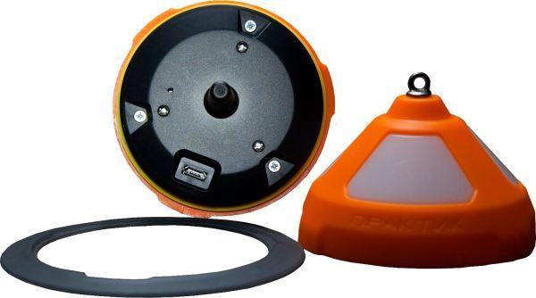 MicroUSB-кабель для зарядки эхолота расположен под крышкой