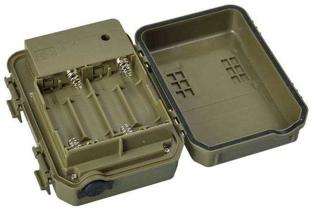 Батарейный отсек камеры рассчитан на 4 элемента питания типа АА