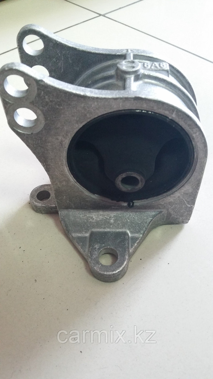 Подушка двигателя правая GALANT E56A USA