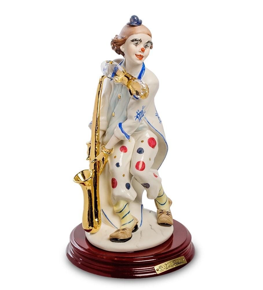 Фарфоровая статуэтка Клоун с саксофоном. Ручная работа, Италия