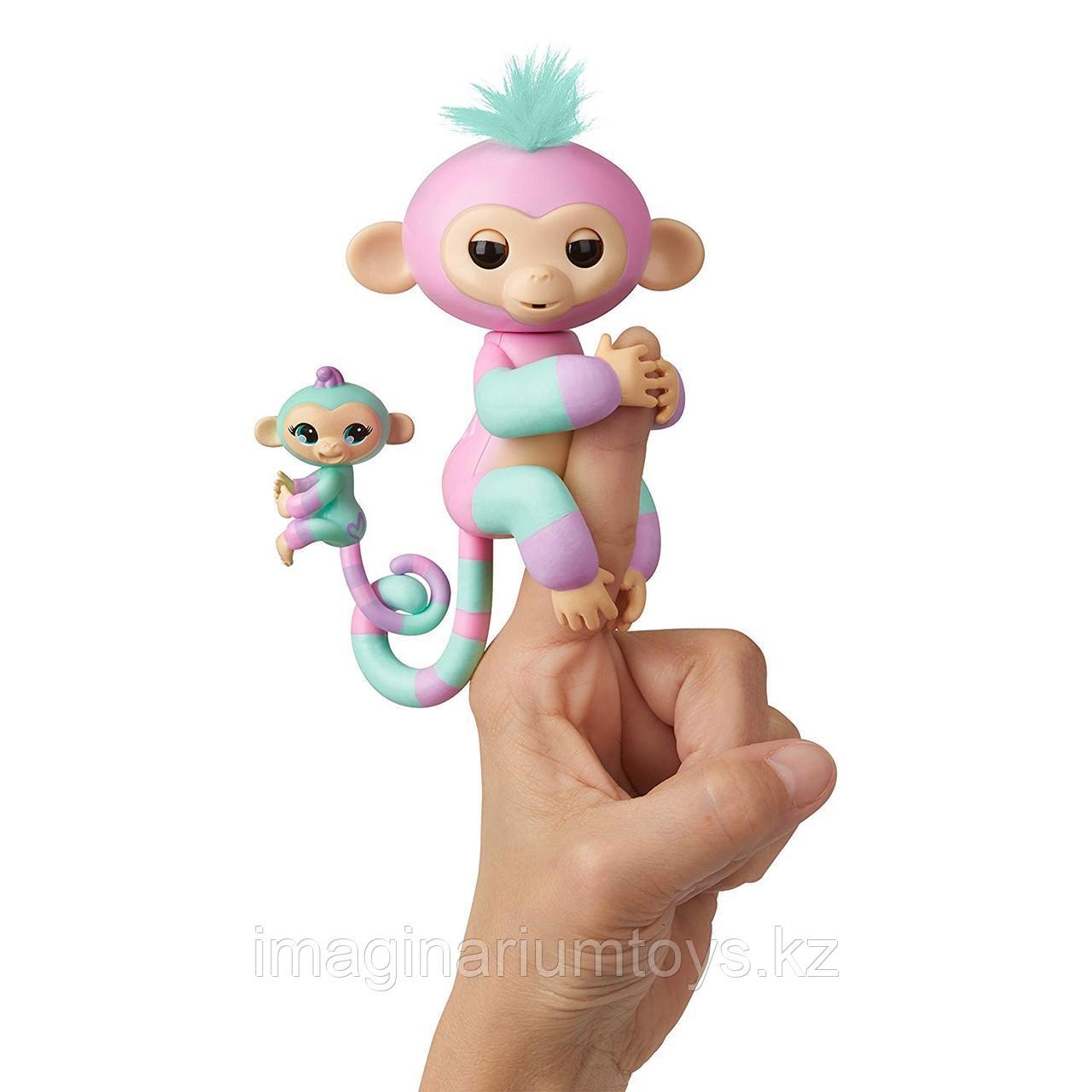 Fingerlings интерактивные обезьянки Эшли и Ченс