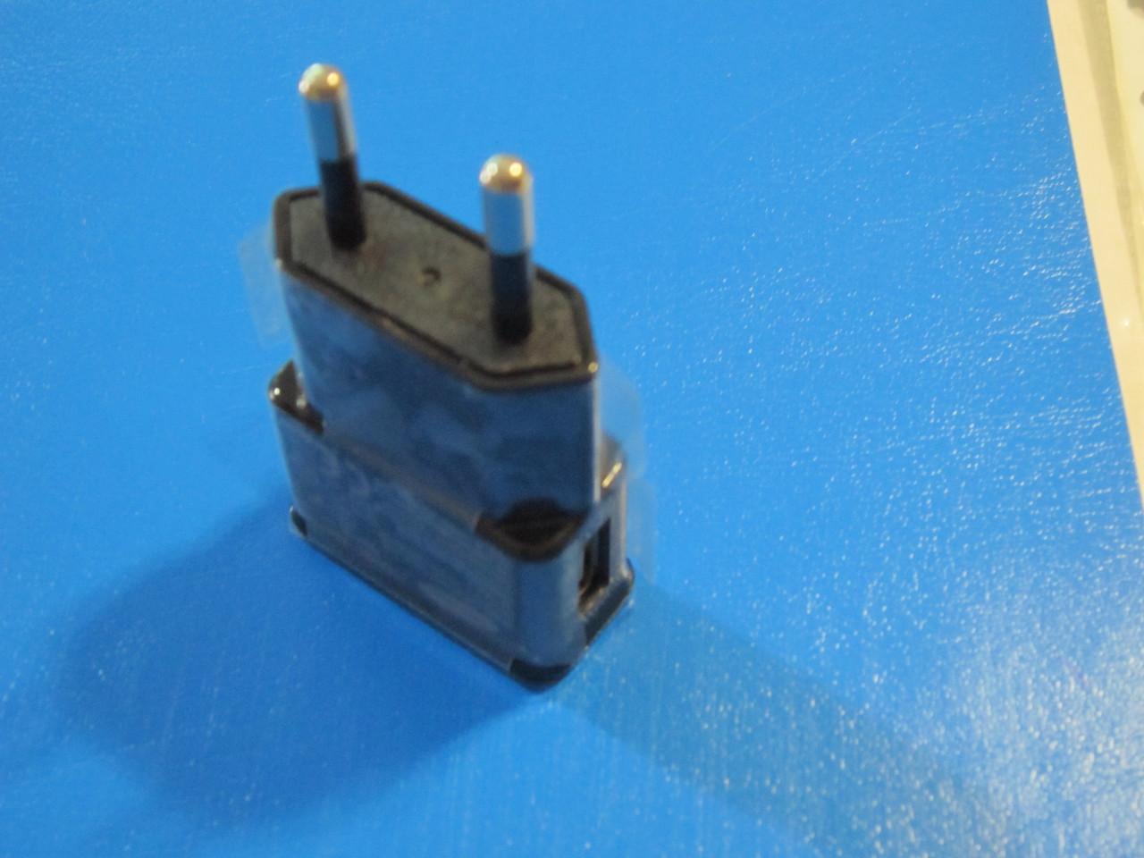 Зарядка с 220 на USB 5 V/ 1 A