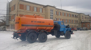 Топливозаправщик  АТЗ-12  (Урал)