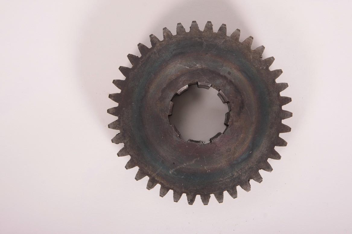 Шестерня водяного агрегата МДК133Г4-92.71.096 (колесо зубчатое z = 38,ЗиЛ)