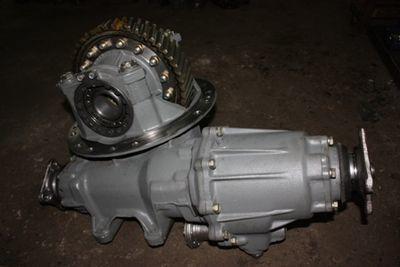 Редуктор средний 5320-2502010