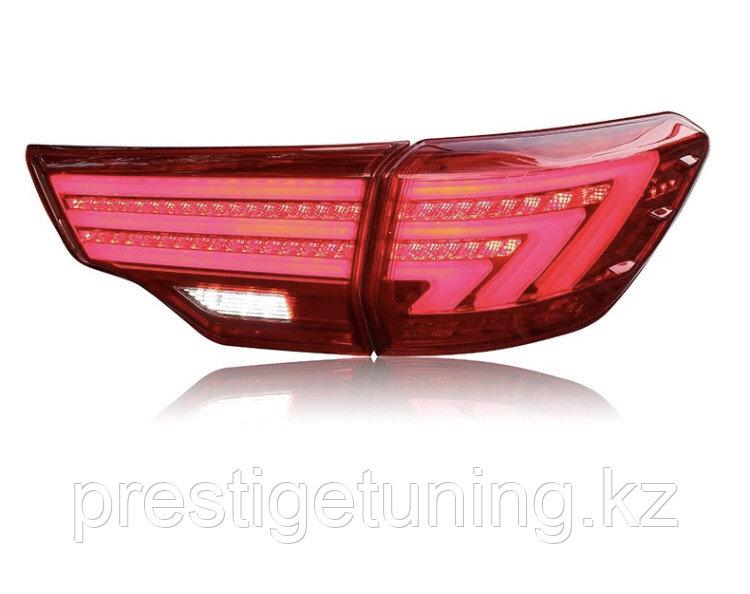 Задние фонари на Toyota Highlander 2014-20 стиль Lexus вариант 1 Red color