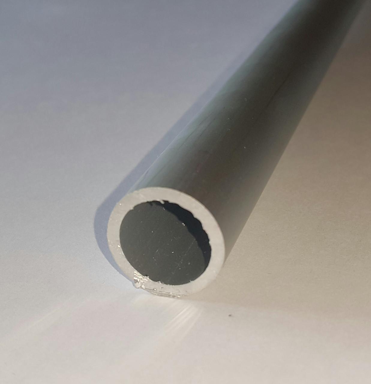 Алюминевая труба D 28 мм х 1 мм
