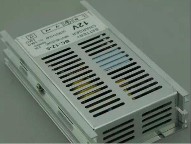 Genset 12 V 5A зарядное устройство для генераторов, фото 2