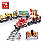 Конструктор Lepin 02039 Красный груз поезд аналог лего Lego City 3677, фото 2