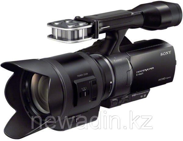 Цифровая камера для кино начального уровня SONY NEX-VG30E
