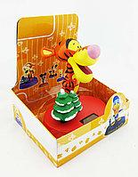 Игрушка с качающейся головой на солнеч. батарейках Disney Тигр, фото 1