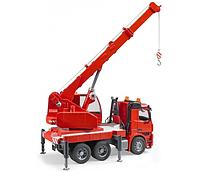 Пожарная машина автокран MB Arocs с модулем  со световыми и звуковыми эффектами