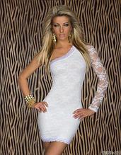 Белое гипюровое  мини платье на одно плечо