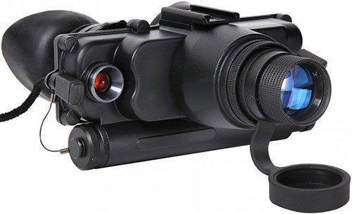 """Очки ночного видения """"Dedal DVS-8-A"""" оснащены одним крупным объективом с просветленными линзами (нажмите, чтобы увеличить)"""