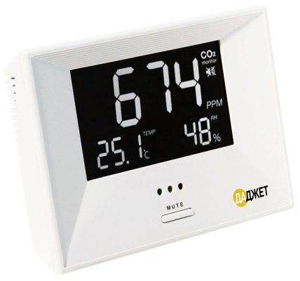 Монитор углекислого газа MT 8060 получил большой дисплей, на котором одновременно отображаются все измеряемые показатели