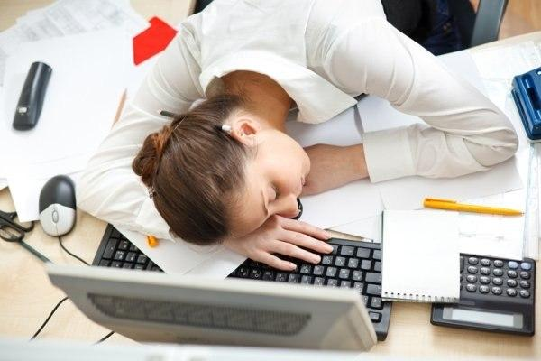 Низкое качество воздуха - одна из главных причин чрезмерной утомляемости на работе
