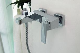 Смесители для ванной BRAVAT