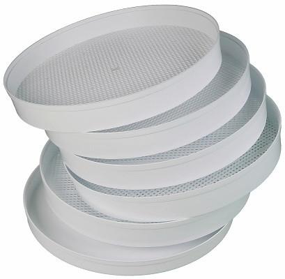 В комплекте с сушилкой поставляются 5 сетчатых поддонов (нажмите на фото для увеличения)