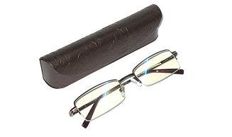 Готовые очки в жестком футляре