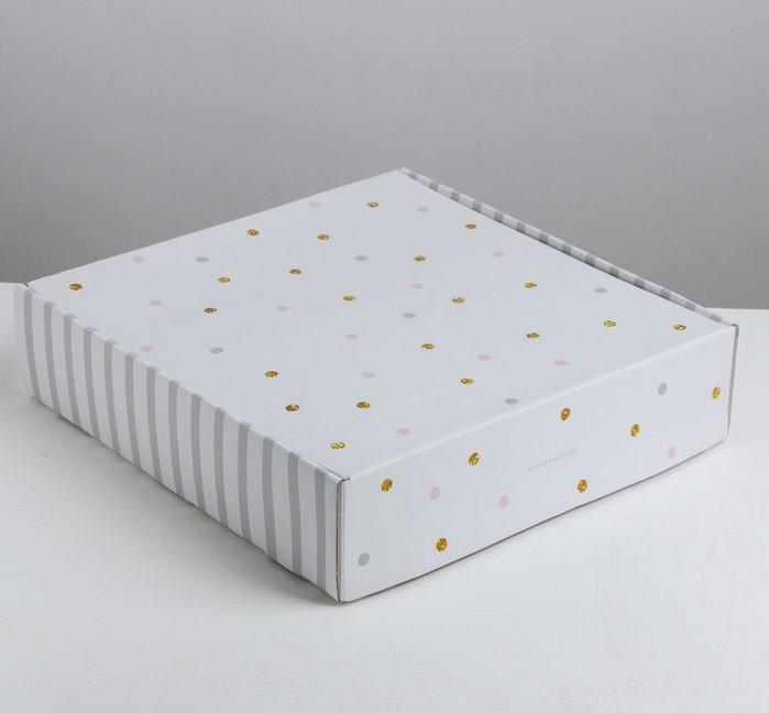 Складная коробка «Наслаждение», 34.3 × 34.9 × 8.5 см