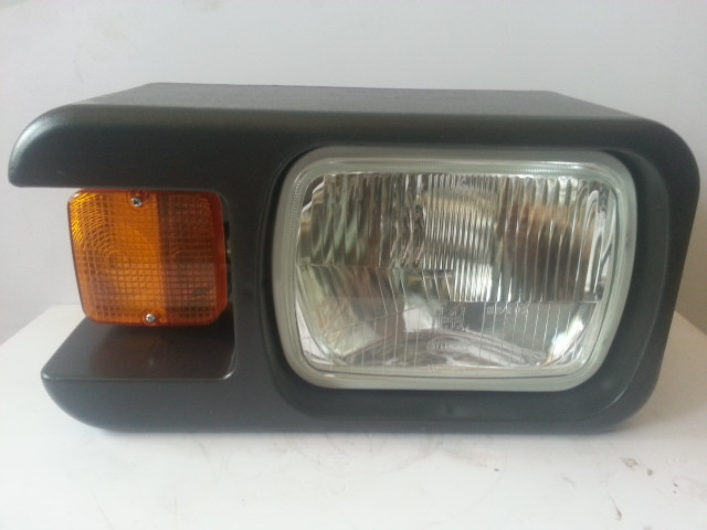 Фара передняя (левая) XGGD03 на погрузчик ZL50G, LW500F