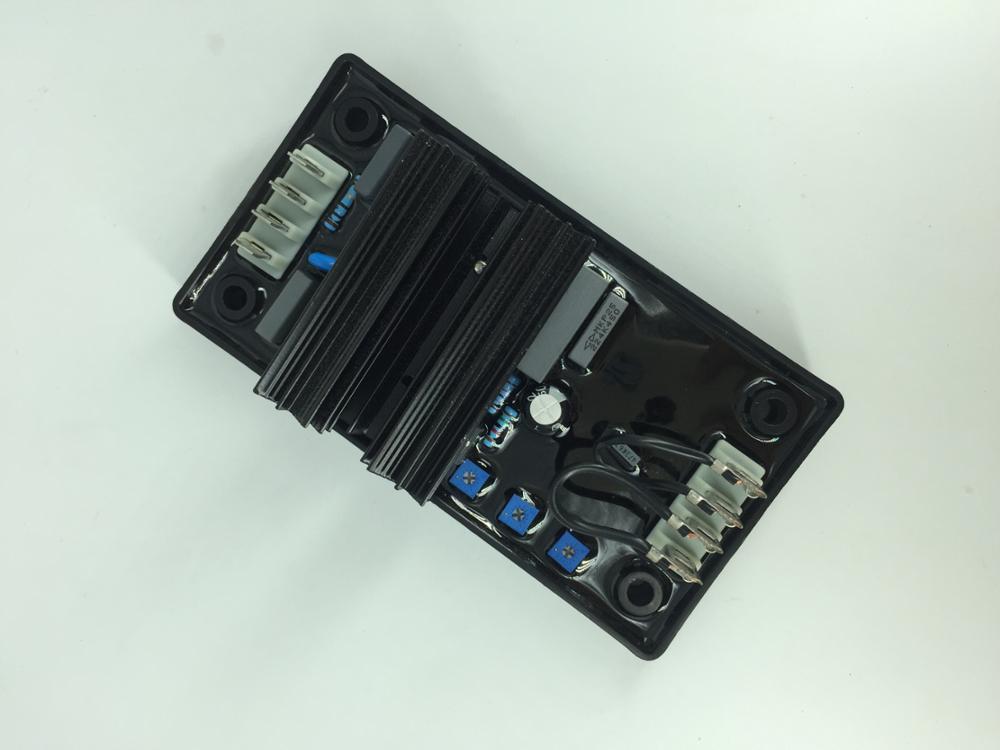 Бесщеточный генератор AVR R230 дизель-генератор AVR R230 синий