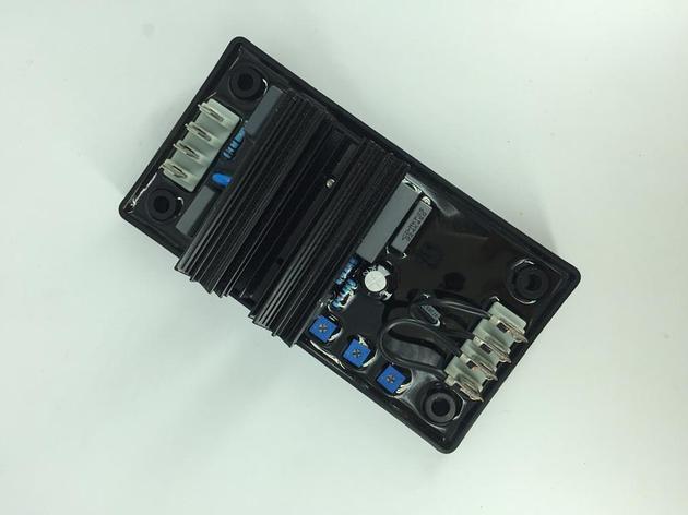 Бесщеточный генератор AVR R230 дизель-генератор AVR R230 синий, фото 2