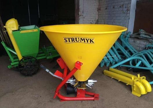 Разбрасыватель минеральных удобрений 350л Strumyk, фото 2