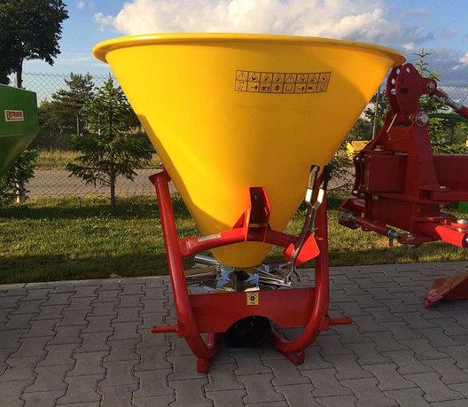 Разбрасыватель минеральных удобрений 300л (Польша), фото 2