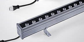 Светодиодные линейные прожекторы с омывающим светом