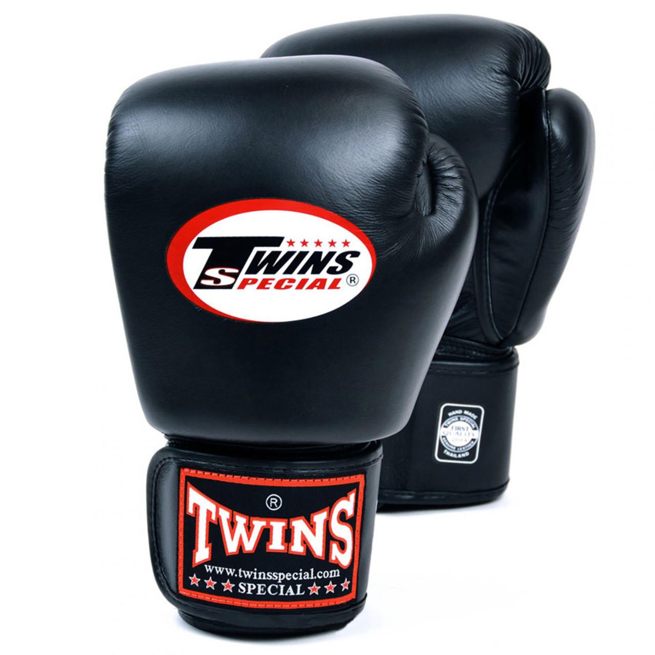 Боксерская перчатки TWINS