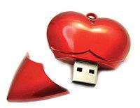"""USB флешка """"сердце"""" 8 Гб"""