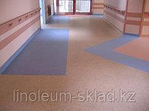 Укладка линолеума  в помещениях