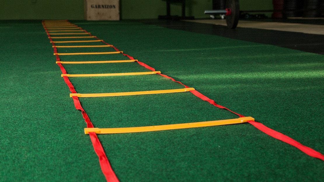 Лестницы для футбольной тренировки 8м - фото 1