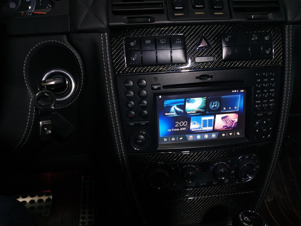 На штатную автомагнитолу Comand установлена система Android Air touch perfomance с функцией навигации доступа в интернет и всеми возможностями системы Андроид