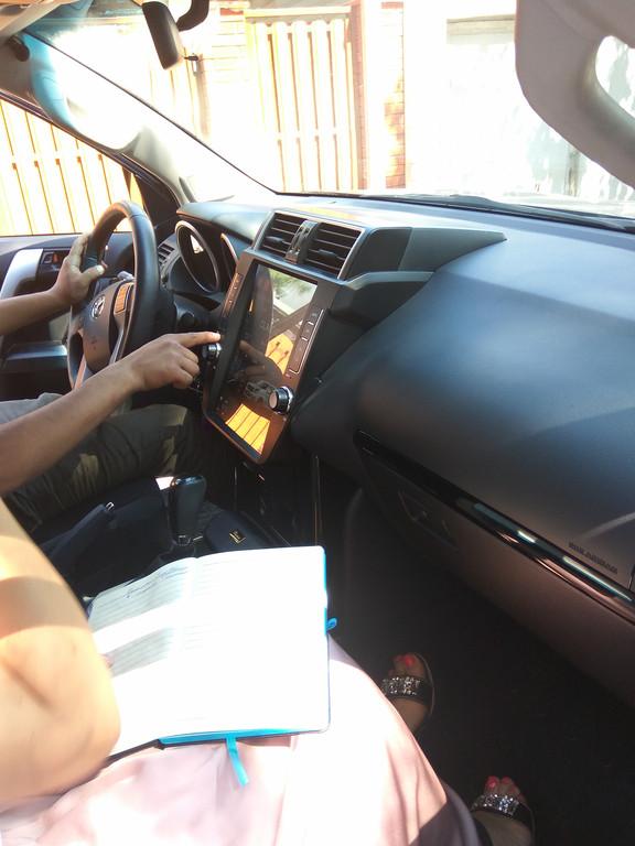 Заменена штатная автомагнитола для Toyota Prado 150 на Android  1